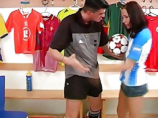 Blonde Gets Monster Cock Inside Thin Pussy