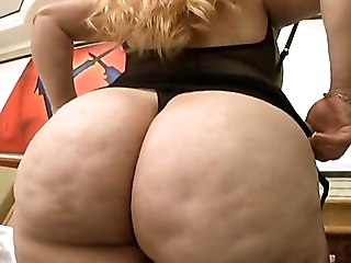 Big Butt Latina Milf Chula