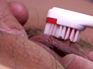 seks-video-volosatie-piski-drochat